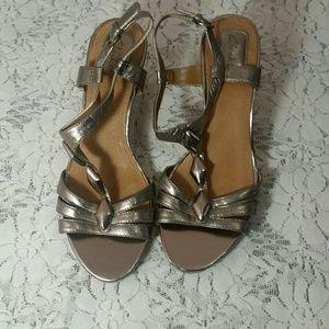 Clarks wedge sandals size 9